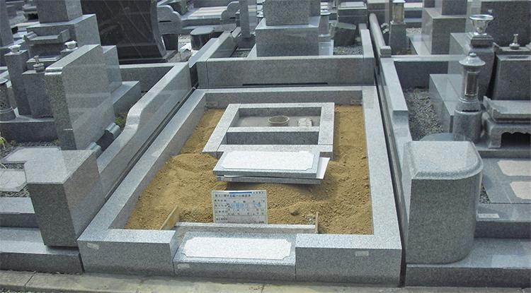 墓石の展示